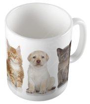 Kutya macskákkal bögre
