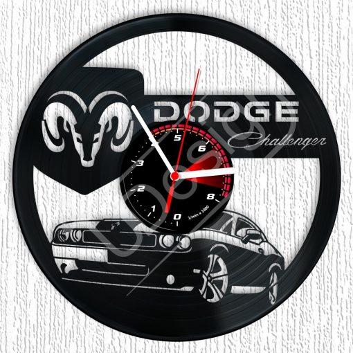 Dodge Challenger hanglemez óra - bakelit óra