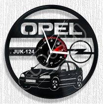 Opel Astra hanglemez rendszámmal óra