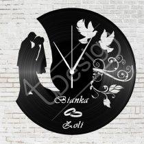Fiatal házaspár hanglemez óra egyedi névvel