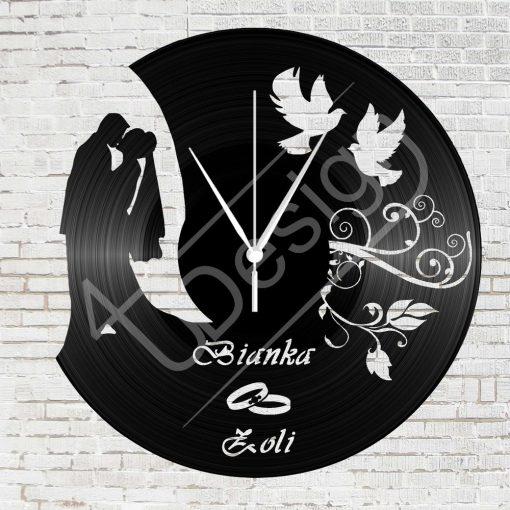 Fiatal házaspár hanglemez óra egyedi névvel - bakelit óra