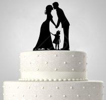TD5080510 - Házaspár kislánnyal, sziluett esküvői tortadísz