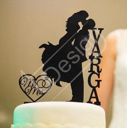 TD508053 - Mr és Mrs, saját névvel sziluett esküvői tortadísz