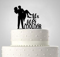 TD60121011 - Mr & Mrs karban egyedi sziluett esküvői tortadísz