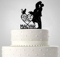 TD6012901 - Mr & Mrs cicás egyedi sziluett esküvői tortadísz