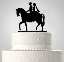 TD6020902 - Lovas egyedi sziluett esküvői tortadísz