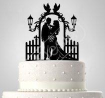TD6061004 - Sziluett esküvői tortadísz kapuban galambokkal